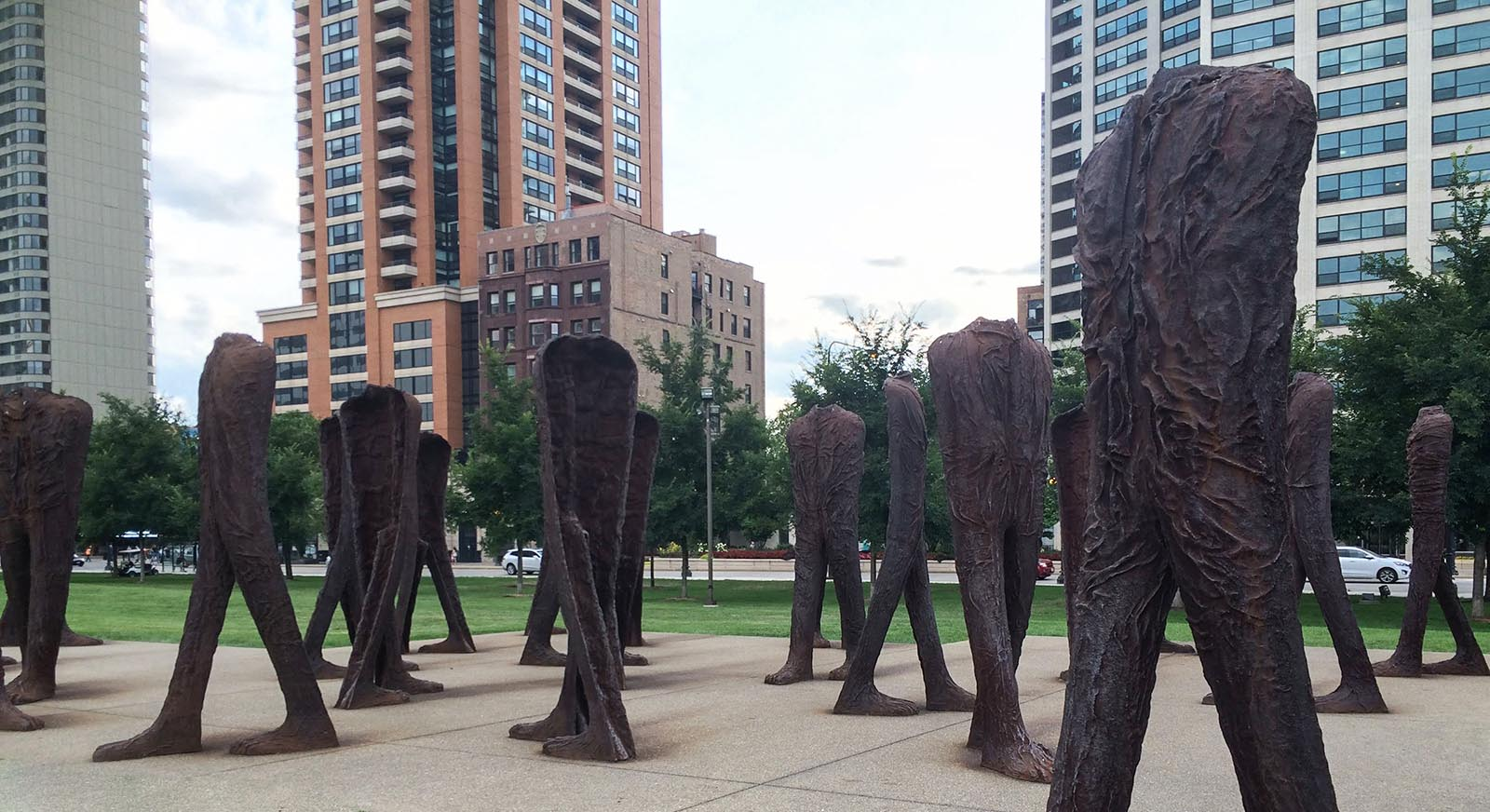 Headless sculptures in Chicago - Alzheimers Conference